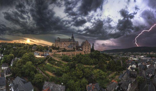 Marburg Sommergewitter by Henrik Isenberg